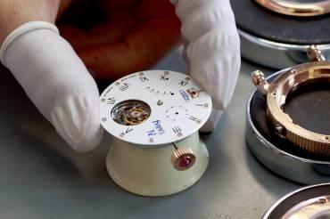 Kompletace hodinek PRIM Tourbillon Karel IV.